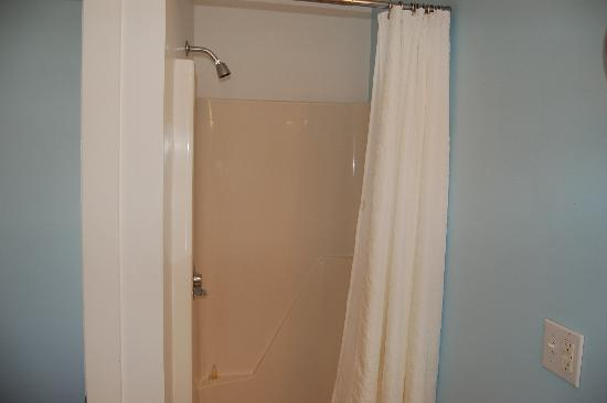 Relais & Chateaux Camden Harbour Inn: Naf Shower Cubicle
