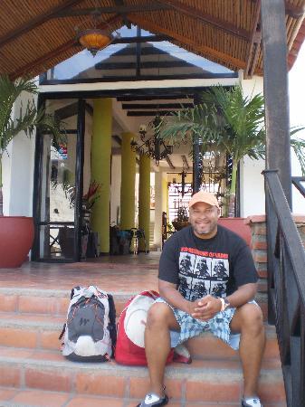 Sansiraka Hotel: LA ENTRADA DEL HOTEL