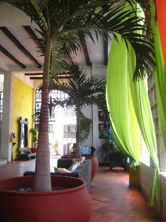 Sansiraka Hotel: EN EL LOBBY