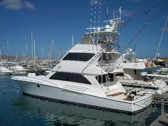 Marina Rubicón: Amazing boats in the marina