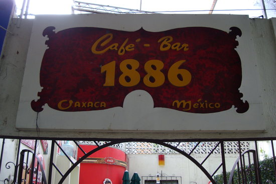 Cafe Bar 1886: One personality:  the cafe