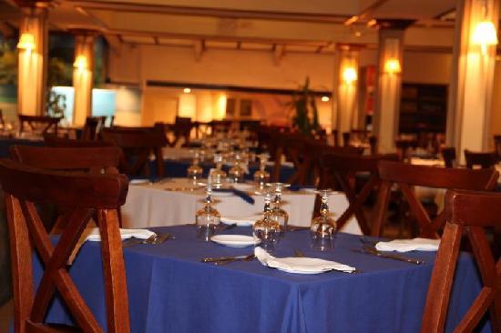 Villas Caroline: Sala da pranzo