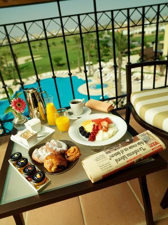 InterContinental Mar Menor Golf Resort & Spa: Balcón vista piscina