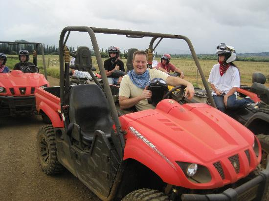 Kipu Ranch Adventures: Driving fun