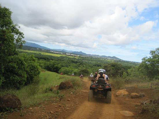 Kipu Ranch Adventures: coming down the mountain