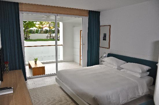 X2 Vibe Phuket Patong (Former Nap Patong): Bed
