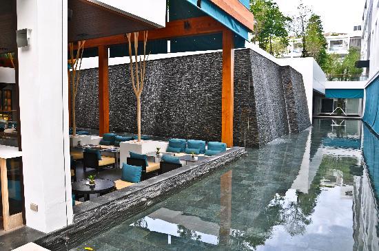 X2 Vibe Phuket Patong (Former Nap Patong): lobby/restaurant
