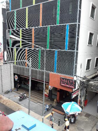 โรงแรมดี วารี ดีว่า บอลลี สีลม กรุงเทพฯ: exterior