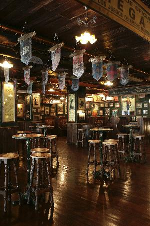 AJ Hotel & Spa : el pub irlandes