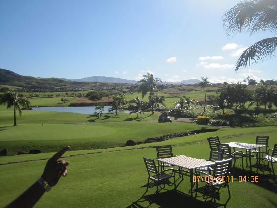 โรงแรมแอครีตาอาวารีกอล์ฟแอนด์สปารีสอร์ท: Golf course