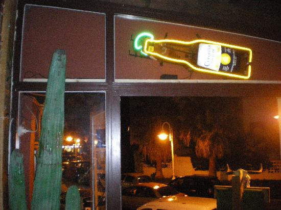 Tex Mex Bobby Peru : God Bless Corona