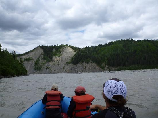 St. Elias Alpine Guides: Beautiful River Scenary