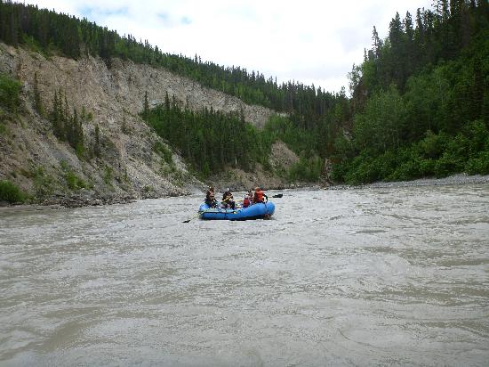 St. Elias Alpine Guides: More Beautiful River Scenary