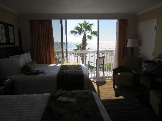TradeWinds Island Grand Resort: view from bathroom