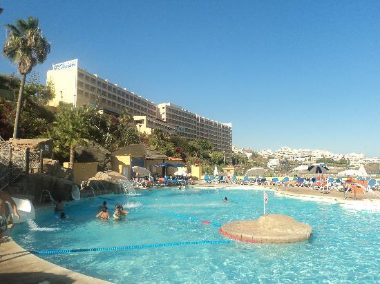 Playabonita Hotel: En la piscina