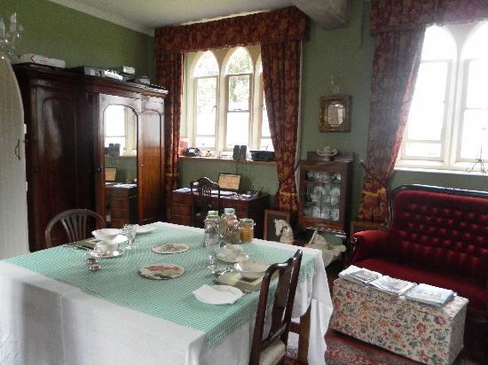 Trinity House B&B: Breakfast Room