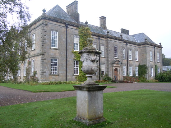 Morpeth, UK: Wallington halls front entrance.