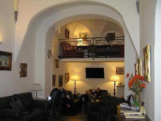 Hotel Unicorno: Reception area