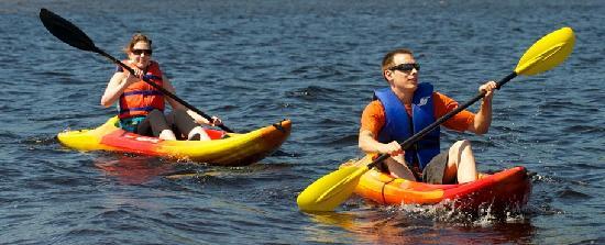 Auberge Du Lac Taureau: Kayak and nautical activities available