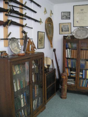 Queens County Museum: The Thomas Raddall Den