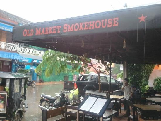 Old Market Smokehouse: Awning