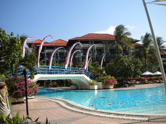 Ayodya Resort Bali: Pool