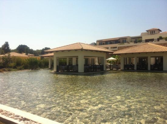 Grecotel Kos Imperial Hotel: Dining on the lagoons