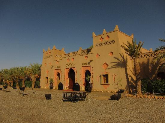 Kasbah Hotel Chergui: Front entrance