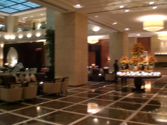 กรอสเวอเนอร์เฮ้าส์ ดูไบ: Grosvenor House Dubai, Main Floor
