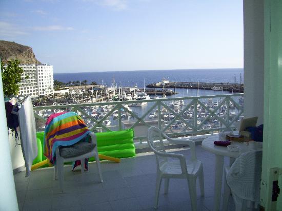 Marina Bayview: view from my ground floor balcony