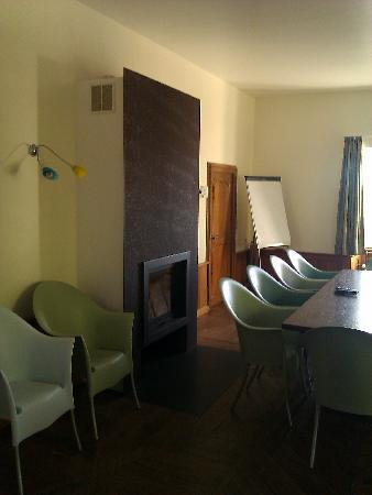 Youth Hostel Bourglinster : ontspanningsruimte