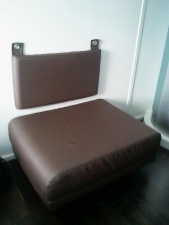 เวคอัพ โคเปนเฮเก้น โฮเต็ล: Fold out bed