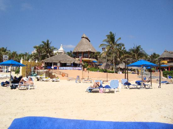 The Reef Playacar: en la playa