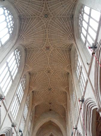 Bath Abbey: Fan ceiling