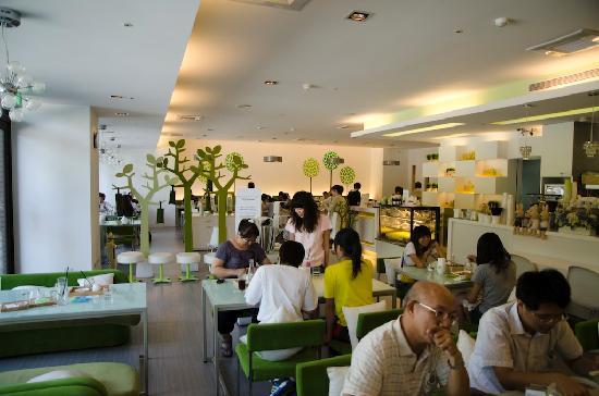 Pear Coffee - Shengli Road: Restaurant