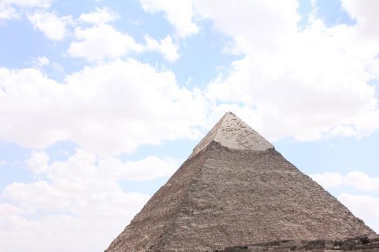 พีระมิดกีซา: The Pyramid of Khafre