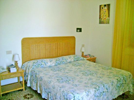Hotel Scoglio Bianco: la camera