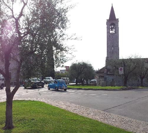 Bardolino (เทศบาลบาร์โดลิโน), อิตาลี: San Severo church - chimes!