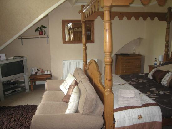 Mont Millais Guest House: The Four Poster