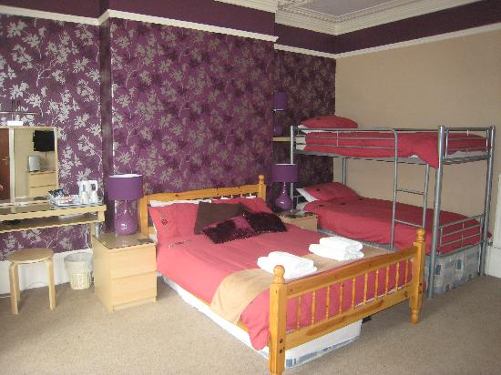 Mont Millais Hotel: Large Family Room