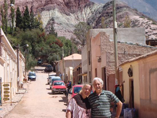 Paseo de los Colorados: callecitas de Purmamarca