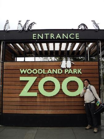 Woodland Park Zoo : Penguins!!! :)