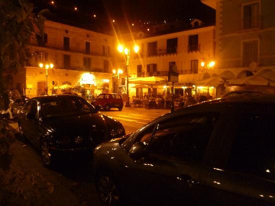 Hotel Santa Lucia: Minori in the evening