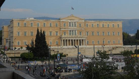 NJV Athens Plaza: View of Parliament from our balcony.