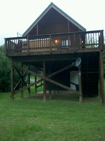 Shenandoah River Outfitters, Inc.: The Sinker Cabin with Private Hot tub