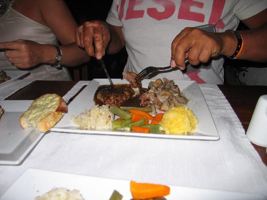 Divers Restaraunt: black and white steak