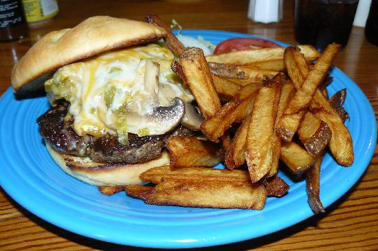 Hillsboro, NM: El Gordo The best Green Chili Cheeseburger