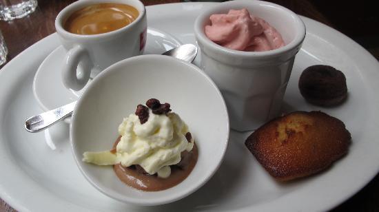 Restaurant Miroir: Café gourmand
