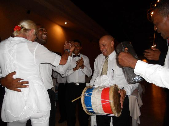 Majestic Colonial Punta Cana: La FIESTA !!!!