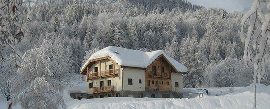 Gite AlpeLune: Gîte AlpeLune ligt op 300m afstand van de skilift.